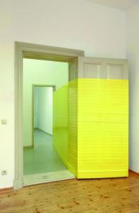Installation von Künstlerin Caroline Armand in der Galerie  W